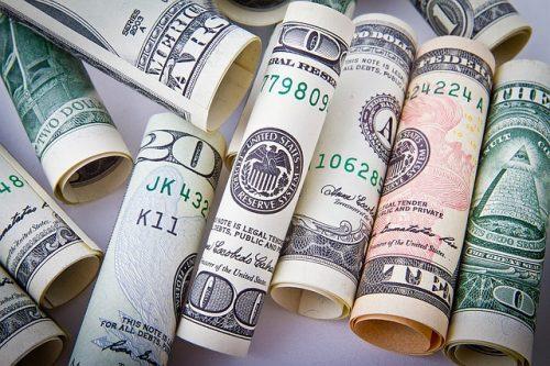Inte muslimer som styr över världens banker och centralbanker